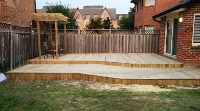 Low profile deck with different decking direction