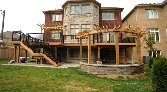 Cedar high deck and Half-round Pergola