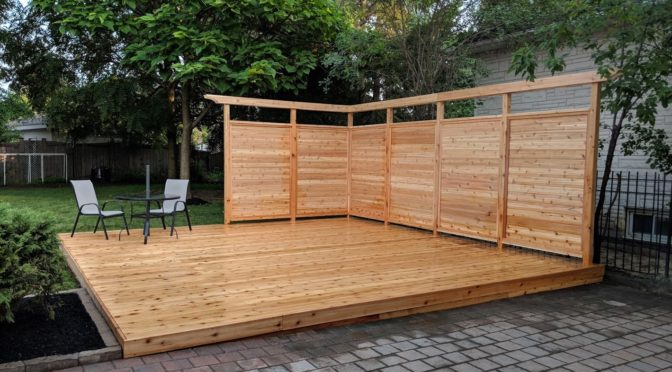 Ground Level deck with Privacy Screen